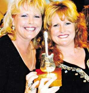 Sisters Bring a Touch of Country to Big Smoke